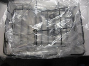 Wire Paper Tray in Package