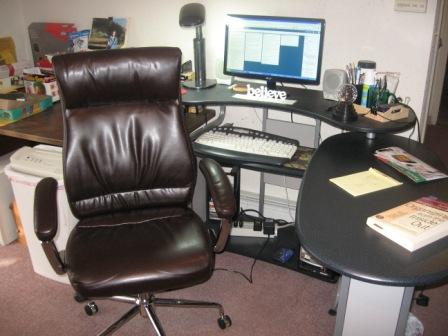 5 keys to finding the best office chair - cubiclebliss