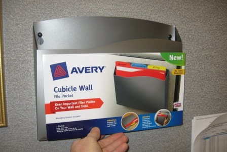 Hanging Wall Files a cubicle wall pocket will keep your project folders close