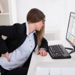 5 Key Signs you are Sitting in your Office Chair Incorrectly