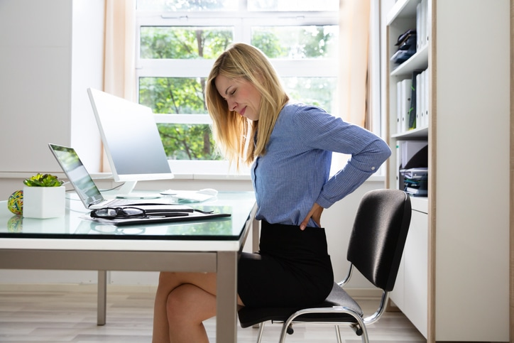 How to Reduce Back Pain in The Office